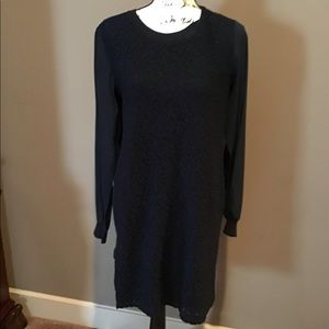 🌷VINCE DRESS IN NAVY SIZE SMALL